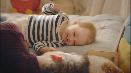 Comment « signer » avec bébé pour comprendre ses besoins ?