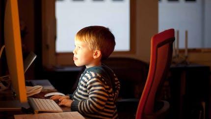 Enfants : de nouvelles règles de sécurité pour mieux les protéger sur Google et Youtube