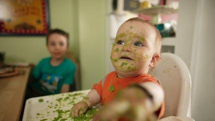 Alimentation de bébé à 9 mois : quelles quantités à chaque repas ?