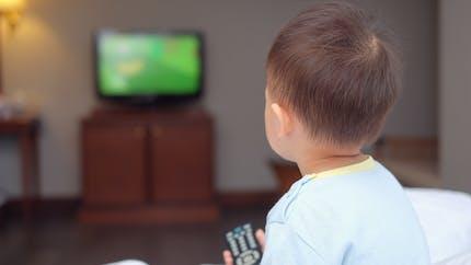 Téléviseurs renversés: un accident domestique qui envoie de nombreux enfants aux urgences