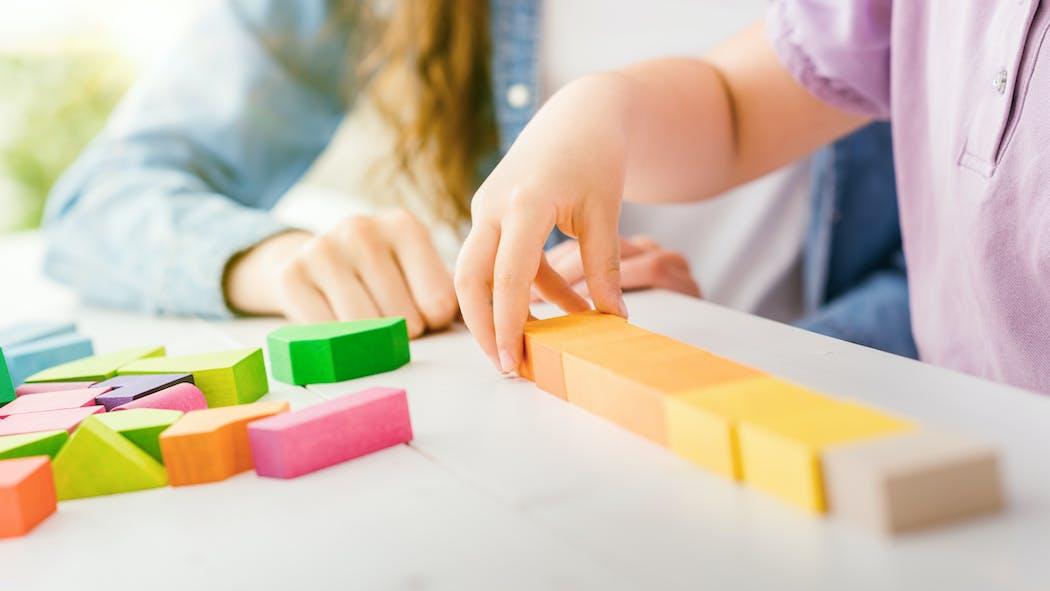Assistante maternelle : combien ça coûte ?