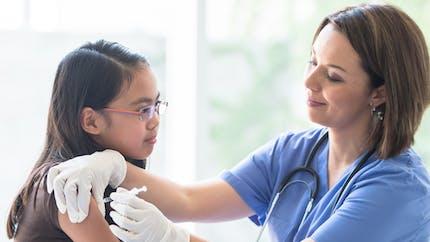 Faut-il vacciner son enfant contre les papillomavirus humains (HPV) ?