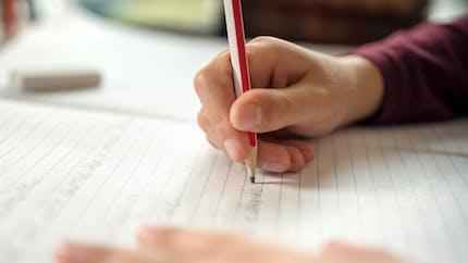 Difficultés d'écriture : tout savoir sur la graphothérapie