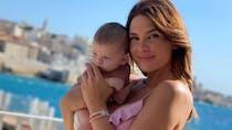 Alice Detollenaere combative : la jeune maman va devoir subir une nouvelle mastectomie préventive