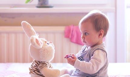 Mon bébé est gardé : puis-je imposer à ce qu'il soit   nourri avec mon lait ?