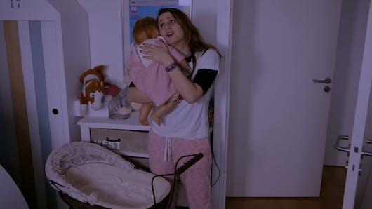 Angélique Marquise des Langes : quand bébé pleure...