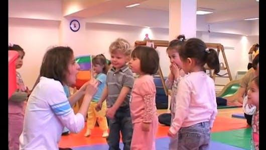Une séance de Gymboree pour les 2-3 ans