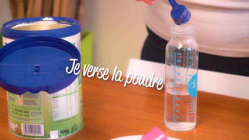 Comment préparer et donner le biberon à Bébé? (vidéo)