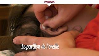 Comment faire la toilette du visage de bébé en vidéo